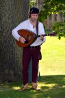Medieval Musician at Kenilworth Castle (7) by masimage