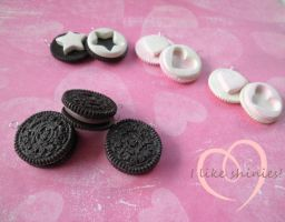 Scented Oreo best friend charms by ilikeshiniesfakery