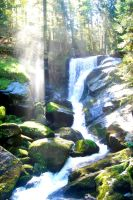 background 1 : waterfall by Guilietta