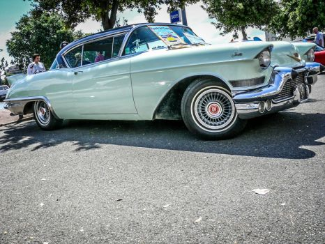 Cadillac fifties by Breizhell