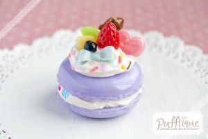 Fancy Fruit Macaroon by li-sa