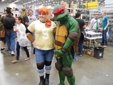 Dallas Comic Con April O'Neil and Raphael by RaphaelsLover