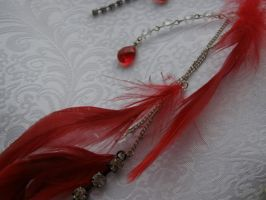 Trance Kuja Feather Earring Detail by LadySiha