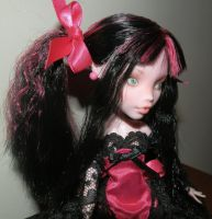 Monster High  Draculaura  Repaint Black Lace by Ottermaiden