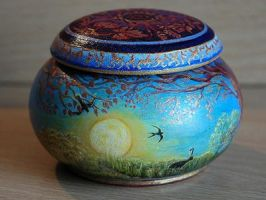 Goddess trinket pot by CelynsCorner