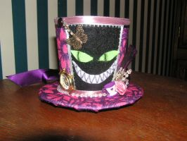 Cheshire Cat by LieselsHatHutch
