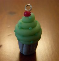 green cupcake by Remyreaper