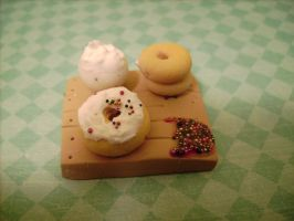 Cute donut decorating miniature/figurine by AliceCharms