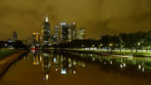 Melbourne - By Night by livenover