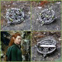Tauriel - Sterling Silver Peridot Brooch by Eire-handmade