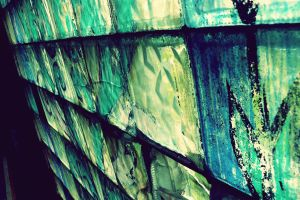 broken glass by LinDDuCiite