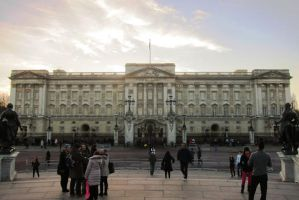 LONDON - Buckingham Palace view by elodie50a