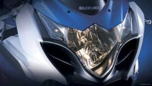 GSX R1000 2009 head lamp by devils666
