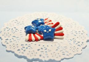 Polymer Clay 4th of July Shooting Stars by CharmStop