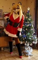 Lisa dressed for Christmas by Aoi-the-kitsune
