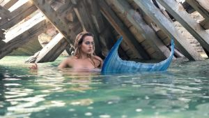 Under the Shipwreck by DreamArts-Photo
