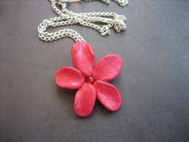 Flower Necklace by ClayMyDay