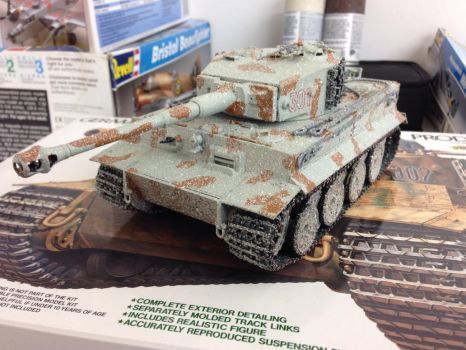 Tiger 1 heavy tank 1/35 scale Update weathered by Devastator259