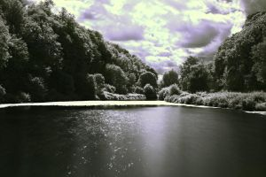 Crags Infrared by uglyogre