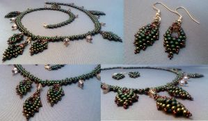 Russian Leaf Necklace Earrings by beadg1rl