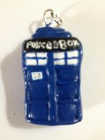 Tardis Pendant by MotherMcKarther