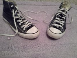 love my converse by LovelyAmbey