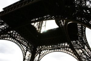 Under the Eiffel Tower 2 by Heurchon