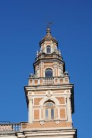 Sevilla Tower by Tyyourshoes