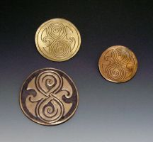 Gallifrey Pendants by Peaceofshine