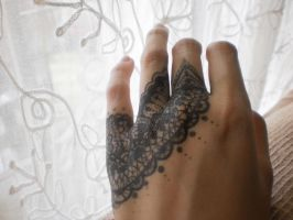 lace drawing on hand. by Lacerare