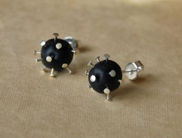 Bomb Earrings by Madizzo
