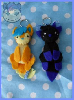 Commission - Akari_Folf Keychains by Sexual-Pancake