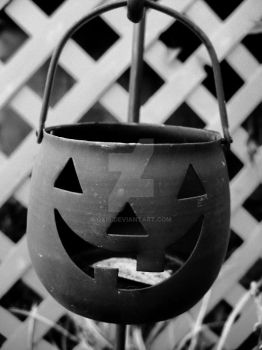 The last Halloween decoration by Oxis