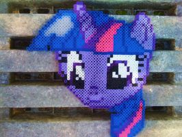 Perler Twilight Sparkle by GeneralHound