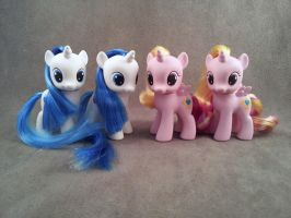 Cadence and Shining Armor - FiM custom ponies by hannaliten