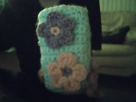 crochet floral phone cover by lovechairmanmeow