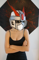 Gundam Mask with model by DESIGNOOB