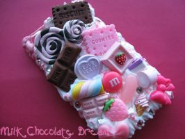 Pink and Chocolate iPod Touch Decoden Case by Frainy