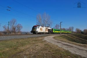 470 501 'Sisi' with a passenger train near Gyor by morpheus880223
