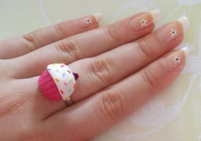 Cute cupcake ring by PORGEcreations