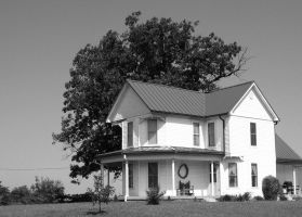 FARM HOUSE BLACK AND WHITE by uncledave