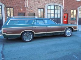 1974 Ford Country Squire IV by Brooklyn47