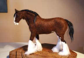 Needle Felted Clydesdale by harmatan