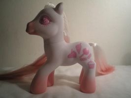 Pink Frosting by MissGriss