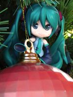Playing in the christmas tree2 by Bokehlie