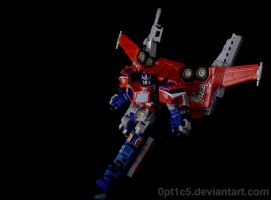 TF Cybertron Optimus Prime by 0PT1C5