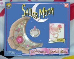 Sailor Moon Cosmic Crescent Jewel Box by aleena