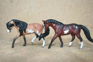 CM Mini paint horses by yavanna-niniach