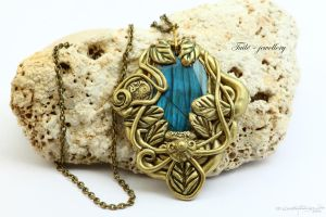 Nautil fairy by Tuile-jewellery