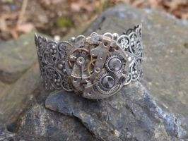Steampunk wire bracelet by Hiddendemon-666